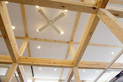 施術室の天井